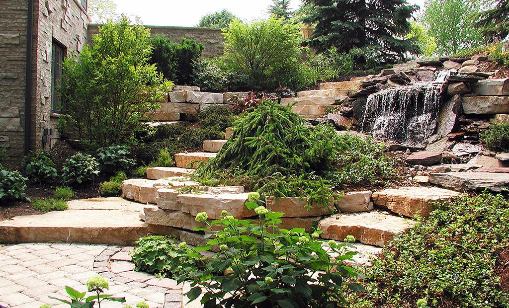 Pinnacle Land Creations Inc